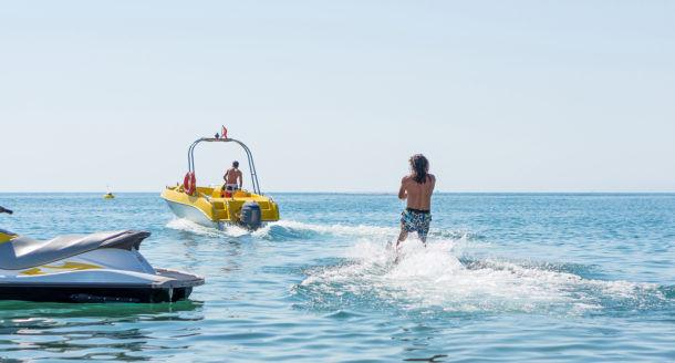 Offrez vite une bonne dose d'adrénaline aquatique  avant que l'été ne soit qu'un lointain souvenir !