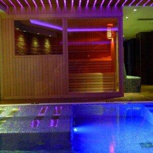 Niunit Hotel****