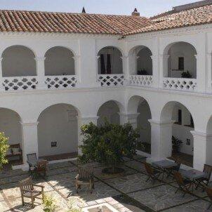 Hospedería Convento de la Parra***