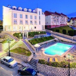 Hotel Suances***