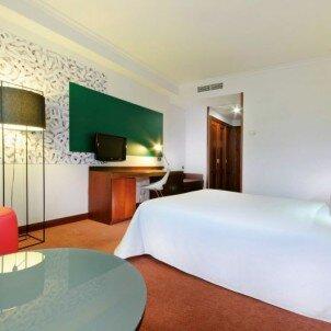 Tryp Santiago Hotel****