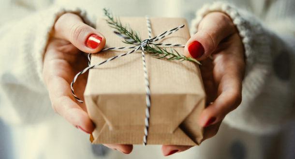 Les cadeaux de Noël qui feront plaisir à coup sûr à votre petite maman