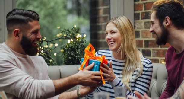 En panne d'idées ? Voici justement une sélection d'idées de cadeaux pour femme