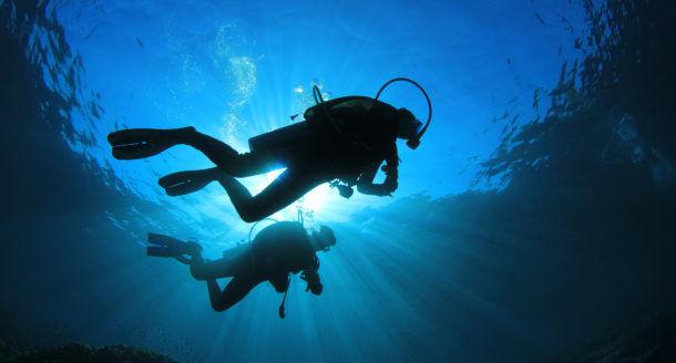 Les Blog Trotteuses nous emmènent dans les Calanques pour un super baptême de plongée