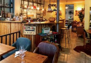 cave aux lions, restaurant insolite à paris
