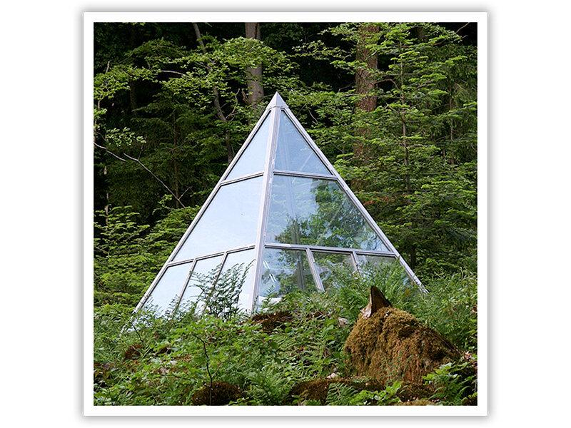 Deux Nuits Dans Une Pyramide De Verre Dans Les Vosges