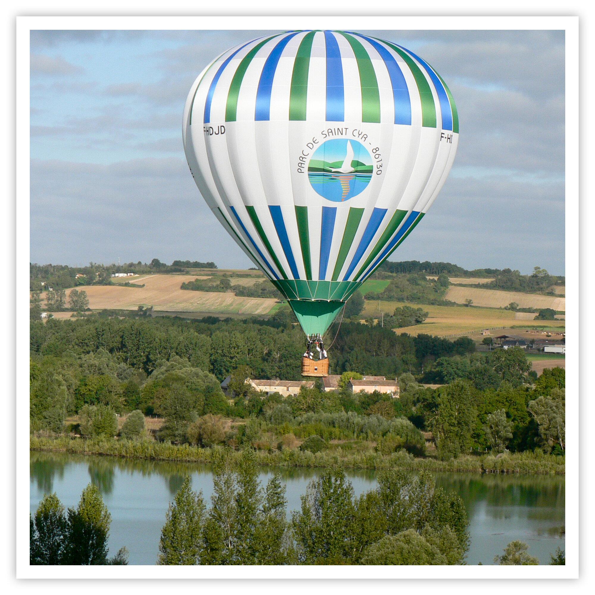 Vol en montgolfière au-dessus de la Vienne pour 2