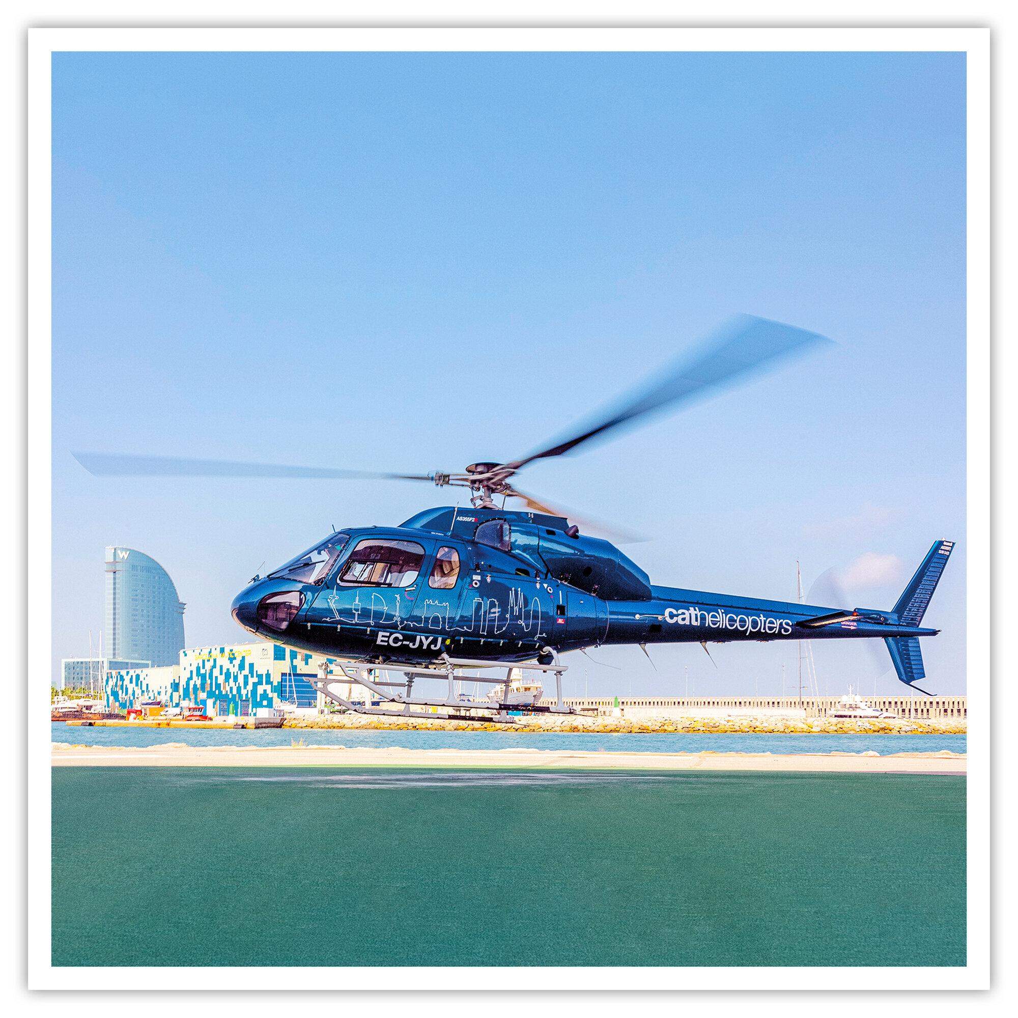 Paseo en helicóptero en Barcelona con Cathelicopters