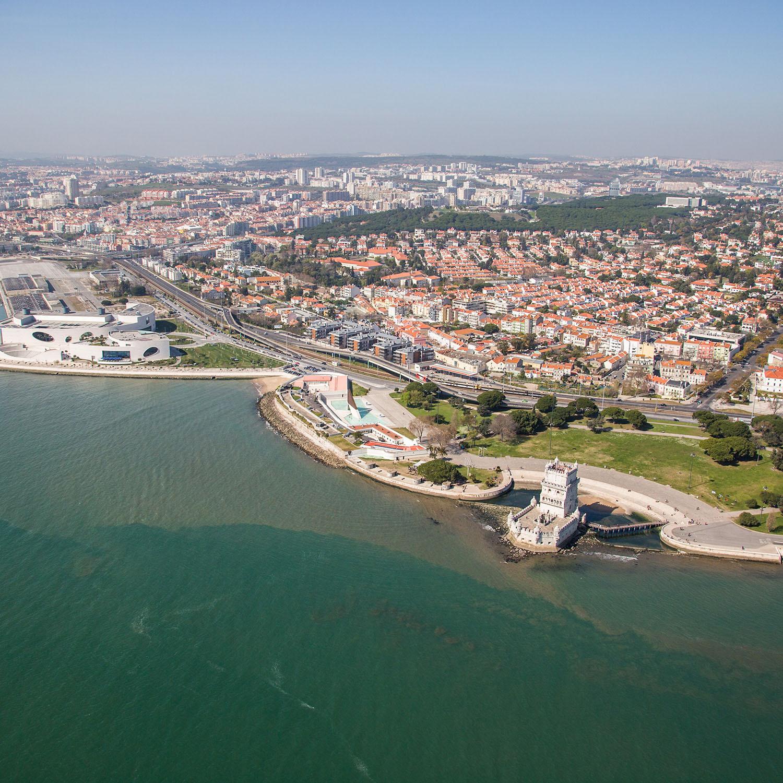 Survol de Lisbonne en hélicoptère pour 2 personnes