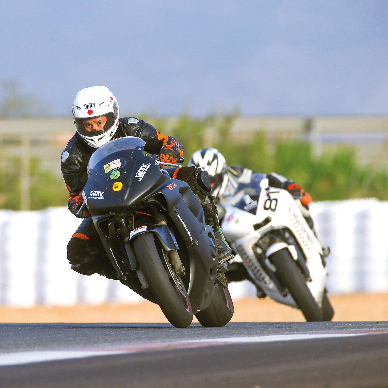 1 tanda en moto en el circuito de Calafat (20 min)