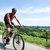 Excursión a pie y bicicleta de montaña