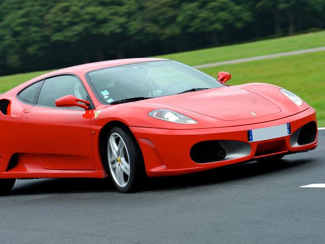Rijden Met Een Ferrari F430 En Meerijden In Een Porsche