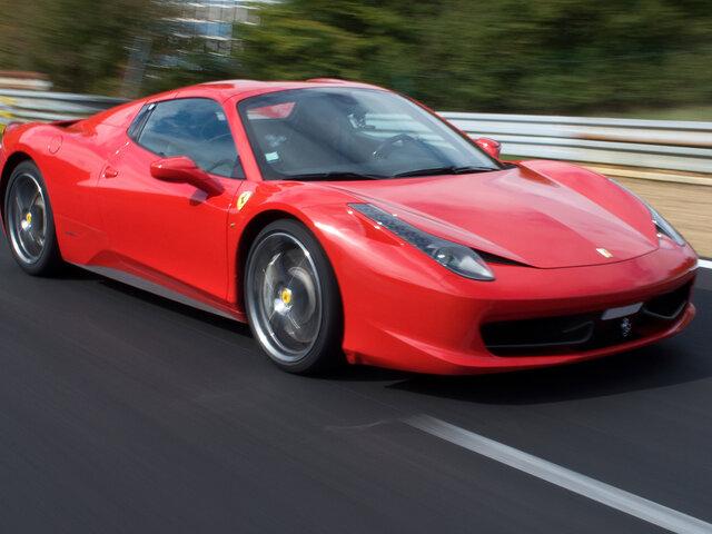 Rijden In Een Ferrari 458 Italia En Een Lamborghini Gallardo