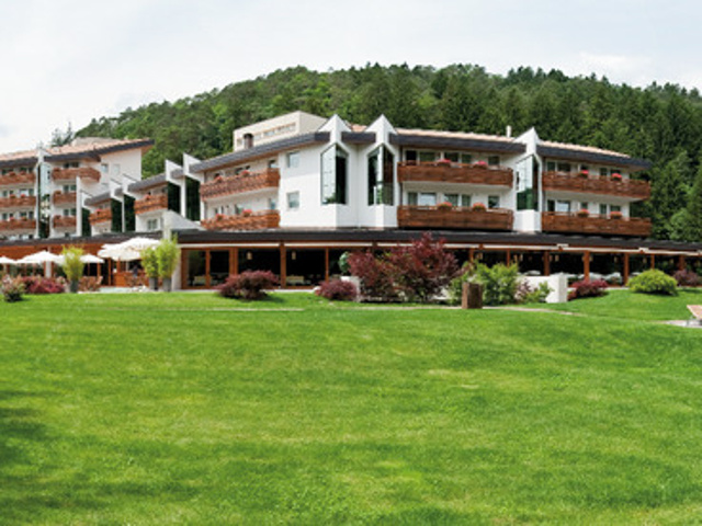 Grand Hotel Terme di Comano****S - Fuga alle terme ...