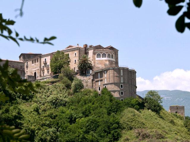 Il Castello dei Conti***** - Soggiorno in castelli da favola ...