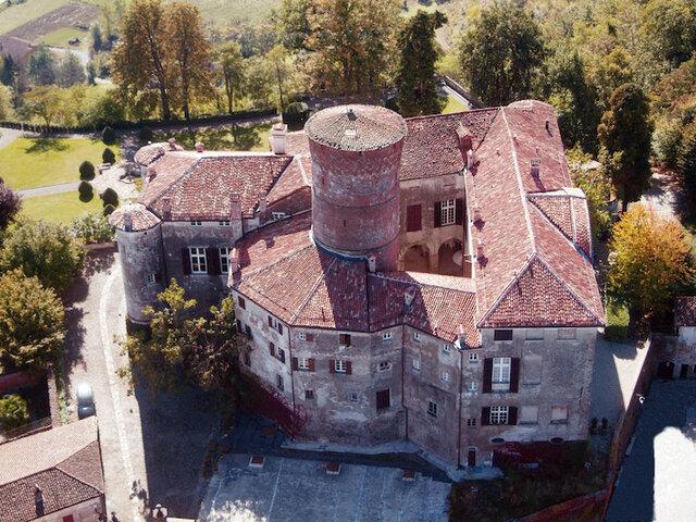 Castello di Rocca Grimalda - Soggiorno con aperitivo e visita ...