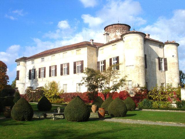 Castello di Rocca Grimalda - Soggiorno in Piemonte ...