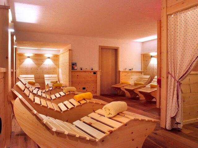 Hotel la Roccia**** - Relax da sogno in Trentino - Soggiorni ...