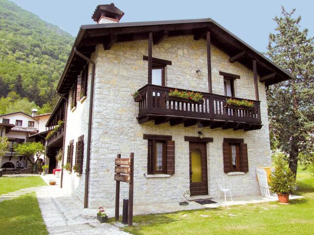 Ai Cadelach Ristorante Hotel & Centro Benessere - Soggiorno e ...