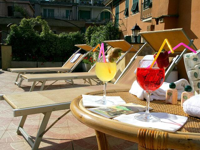 Hotel Cavour*** - Soggiorno in Liguria - Soggiorni - Nostri ...